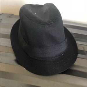 NWOT H&M boys' black hat
